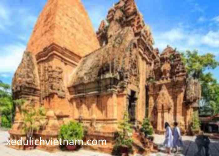 Thuê xe Sài Gòn đi Nha Trang