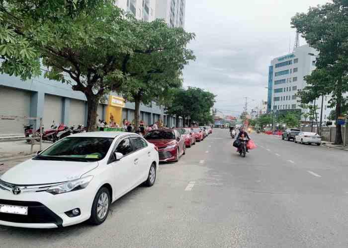 Dịch vụ Thuê Xe Du Lịch Hồ Chí Minh